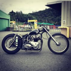 Harley Davidson Events Is for All Harley Davidson Events Happening All Over The world Triumph Chopper, Triumph Bobber, Bobber Motorcycle, Bobber Chopper, Triumph Motorcycles, Vintage Bikes, Vintage Motorcycles, Custom Motorcycles, Custom Bikes