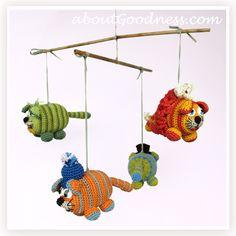 Crochet baby mobile diy