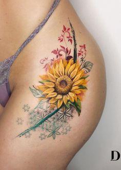 "I love simple designs! TATTOO BY - """" Thank you Roberta for trustin. Circle Tattoos, Love Tattoos, Beautiful Tattoos, Black Tattoos, Body Art Tattoos, Tattoos For Guys, Flower Of Life Tattoo, Tattoo Life, Arm Tattoo"
