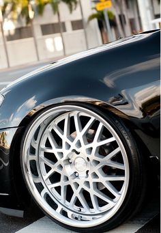 #Concept_One_Executive_Wheels #RS-22 Silver Machined Stainless Chrome Lip 20x10