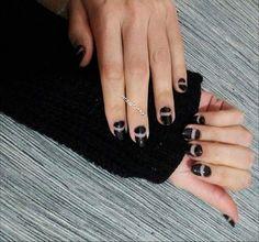 Lovely black for Kyriaki