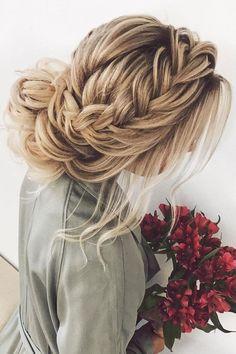 Updo with front crown braids ,Braided updo hairstyle   fabmood.com #hairstyle #braids #braidedupdo #updoideas #bridehair #weddinghairstyles