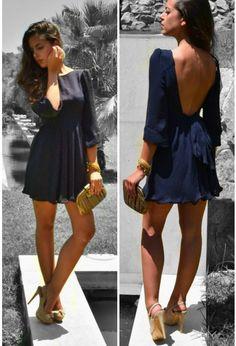 Cute dress! Love the back.
