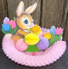 1973-Beistle-Honeycomb-Tissue-Easter-Bunny-Spring-Decoration-Centerpiece