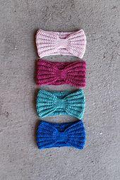Ravelry: Everly Head Wrap pattern by Mamachee