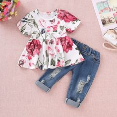 Shop Toddler Girls Floral Print Blouse With Ripped Jeans online. SHEIN offers Toddler Girls Floral Print Blouse With Ripped Jeans & more to fit your fashionable needs. Cute Baby Girl Outfits, Baby Outfits Newborn, Cute Baby Clothes, Toddler Outfits, Kids Outfits, Baby Girls, Toddler Girls Clothes, Baby Girl Stuff, Fall Outfits