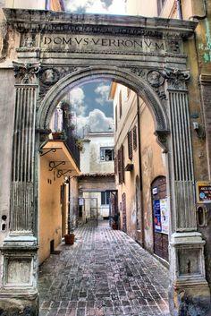 Jesi: Arco del Verroni