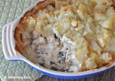 Potato Topped Chicken and Spinach Pie | Slimming Eats - Slimming World Recipes