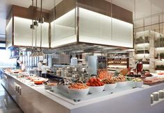 ¡Un rico buffet de mariscos te espera en nuestro Singapore Marriott Hotel! #seafood #Singapore