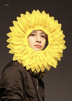 "𝐟𝐥𝐚𝐢𝐫𝟗𝟗 on Twitter: ""190906 CTS아트홀 팬싸  결바라기 넘 이쁘당🌻 #이한결 #한결 #leehangyul #ハンギョル #엑스원 #X1… "" Love U Forever, Fandom, Kpop, Picture Credit, Flower Boys, Boyfriend Material, Babys, Lovers, Asian"