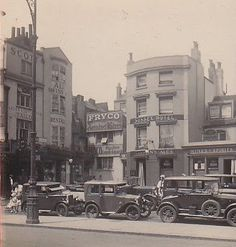Bits: East Street - then & now Brighton Pubs, Brighton Sussex, Brighton And Hove, East Street, Old Street, Street View, Old Pictures, Old Photos, Vintage Photos