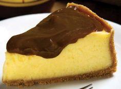 Torta de maracujá com ganache - Veja como fazer em: http://cybercook.com.br/receita-de-torta-de-maracuja-com-ganache-r-7-107191.html?pinterest-rec
