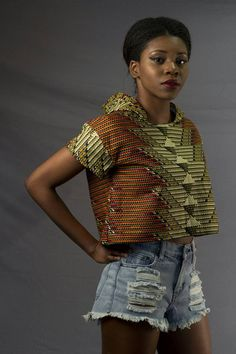 Items similar to Mena Mode Ankara Crop Top Hoodie in African top Fabric on Etsy African Blouses, African Tops, Ankara Crop Top, Sewing Ideas, Sewing Patterns, Casual Summer Outfits For Women, Africa Style, Crop Top Hoodie, Vetement Fashion