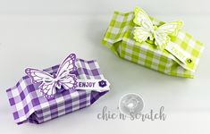 How to make Butterfly Gala Candy Box by Chic n Scratch, Stampin' Up! Demonstrator Angie Juda This cute little candy box is the project Origami Box, Origami Easy, Tips And Tricks, Chocolate Box Packaging, Häkelanleitung Baby, How To Make Butterfly, Stampin Up Anleitung, Candy Boxes, Gift Boxes