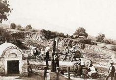 1867 Istenhegy, Béla király út,  vízhordók a Városkútnál
