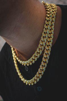 Diamond Miami Cuban Link Chain Choker Necklace mens jewelry Diamond Cuban Link Chain in Yellow Gold Luxury Jewelry, Gold Jewelry, Jewelery, Jewelry Accessories, Fine Jewelry, Jewelry Rings, Jewellery Earrings, Jewellery Shops, Chain Jewelry