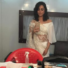 Anita Hassanandani gorgeous blouse designs can make any saree look royal and elegant. Time to steal some unique blouse designs from Anita Hassanandani's Saree Jacket Designs, New Saree Designs, Best Blouse Designs, Trendy Sarees, Stylish Sarees, Fancy Sarees, Blouse Back Neck Designs, Shagun Blouse Designs, Western Dresses For Women