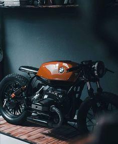 Bmw R45 Cafe Racer, Cafe Racer Tank, Style Cafe Racer, Bmw Scrambler, Cafe Racer Build, Moto Cafe, Cafe Bike, Cafe Racer Bikes, Cafe Racer Motorcycle