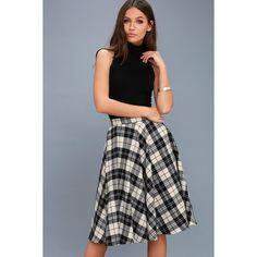Lulus  Bristol Black and White Plaid Flannel Midi Skirt (160 PEN) ❤ liked on Polyvore featuring skirts, black, mid-calf skirts, midi circle skirt, black and white skirt, stretch skirt and tartan skirt