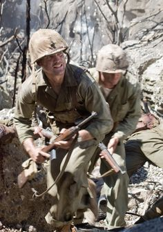 The Pacific - Still Maleficarum, Really Good Movies, Army Ranks, Anime Military, War Film, Band Of Brothers, Classic Movies, Usmc, World War Ii