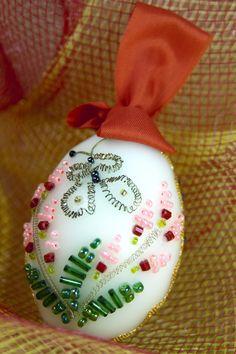decorate http://www.torange-es.com/Holidays/Easter/Los-monjes-hacer-decoraciones-de-Pascua-en-la-forma-de-un-huevo-4322.html Banco de fotos www.tOrange-es.com libre y gratuita Los monjes hacer decoraciones de Pascua en la forma de un huevo  Tags - #Pascua #resurrección #del #huevos #templo #Dios, #pintura #rospisnoe #huevo #pintados #derecho #Testamento, #cristianismo #Antiguo #Jesucristo, #ornamento #recuerdo #cristiana #ortodoxa #religión #los #Celebración #para #decorar