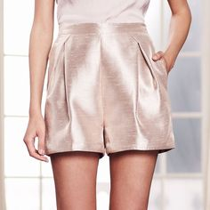 LC Lauren Conrad Runway Collection Pleated Metallic Dress Shorts (735 MXN) ❤ liked on Polyvore featuring shorts, lt orange, high-waisted shorts, lc lauren conrad, pocket shorts, patterned shorts and dress shorts