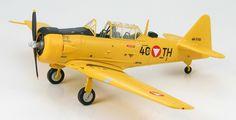 "Hobby Master 1:72 North American LT-6G Texan ""4C+TH"", Austrian Air Force"
