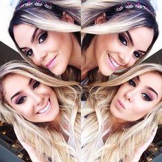 Shooting de hoje com a linda @camilaliman para @kronneoficial styling @milenalima_ ascessorios @meia_sola e makeup @theonestudiodebeleza