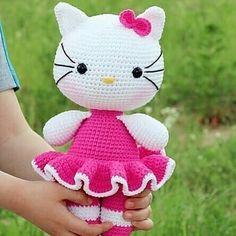 Amigurumi do Zero Doll Amigurumi Free Pattern, Amigurumi Toys, Hello Kitty Crochet, Baby Party, Crochet Toys, How To Introduce Yourself, Crochet Patterns, Dolls, Crafts