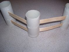 Make fences for a cowboy theme or farm theme using toilet paper tubes and popsicle sticks from Making Learning Fun. **Super cute in a farm touch tub :) Farm Activities, Animal Activities, Farm Crafts, Preschool Crafts, Preschool Farm Theme, Farm Lessons, Wild West Theme, Block Area, Farm Unit