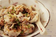 You'll often find these spicy wonton on dim sum menus, or in the dumpling section of Sichuan and Shanghainese restaurants. I like them as a light main course, served with boiled noodles and blanched … Pork Recipes, Asian Recipes, Ethnic Recipes, Asian Foods, Chinese Recipes, Dumpling Recipe, Dumplings, Pork And Shrimp Recipe, Stir Fry Greens