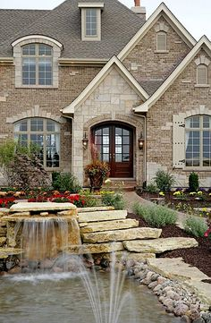 Silvestri Custom Homes - versailles Model Home