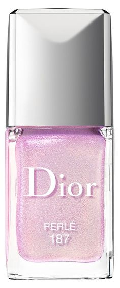 This top coat dries with a frosty, pearly finish