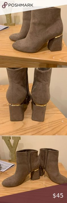 Suede high-heel ankle boots Worn twice, perfect condition, just need to be cleaned Bershka Shoes Ankle Boots & Booties Bootie Boots, Ankle Boots, High Heels, Booty, Best Deals, Closet, Shoes, Things To Sell, Style