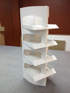 1:2 scale Curved Triangular Floor Stand.