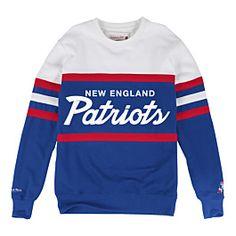 Mitchell   Ness Men s Toronto Raptors Head Coach Crew Sweatshirt Men -  Sports Fan Shop By Lids - Macy s e58fd8b99