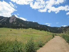 Chataqua Ntl. Park, Boulder Colorado.  Blue skies never looked so blue.