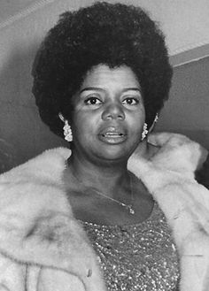 Esther Gordy Edwards (April 25, 1920 - August 24, 2011) was a staff member and associate of her younger brother Berry Gordy's fabled Motown label in the 1960s. Edwards created the Motown Museum, Hitsville, U.S.A., by preserving the label's Detroit studio. She also served as President of the Motown Museum. She graduated from Howard University. Vintage Black Glamour, Vintage Glam, Black Is Beautiful, Beautiful Women, Howard University, African Diaspora, Before Us, African American History, Motown