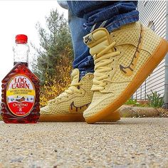 "@a_hit_of_kix already rocking his Sb Dunk Hi ""Chicken & Waffles"", Now I'm hungry  ------------------ #4DaLoveofSole #Kickstagasm #Wdywt #Kotd #SoleToday #TodaysKicks #DailySole #DefineHeat #SneakerNews #SoleCollector #NiceKicks #TheShoeGame #ComplexKicks #SneakerBarDetroit #KicksonFire #SneakerFiles #ModernNotoriety #IGSneakerCommunity #Snakerhead #LRkicksonDeck #WalklikeUs #SoleSlamManila #WearyourKicks #Rare_Footage #SneakShow #HeatonfeetGang #SoleNation #SneakGallery #Snkrhds #Sb"