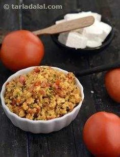 Most of us stick to just two or three paneer recipes.Here are 10 yummy-licious paneer recipes that will leave you wanting for more. Paneer Tikka is easy to prepare and delicious to eat. Calcium Rich Vegetables, Dried Vegetables, Bhurji Recipe, Subzi Recipe, Paneer Recipes, Indian Food Recipes, Ethnic Recipes, Curry Recipes, Healthy Recipes