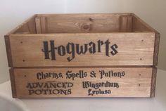 Harry Potter Hogwarts Charms Spells & Potions Vintage Wooden Crate Box Storage G. Harry Potter Diy, Harry Potter Bathroom, Harry Potter Merchandise, Harry Potter Wedding, Harry Potter Hogwarts, Wooden Crate Boxes, Vintage Wooden Crates, How To Make Potions, Ravenclaw