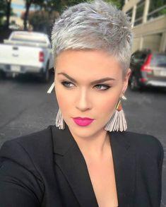 35 Coiffures courtes belles et Sexy 2019 Coiffures Cheveux Gris, Cheveux  Courts Tendance, Cheveux
