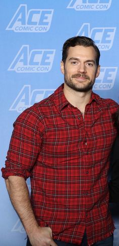 Henry Cavill at Ace Comic Con, December 2017.