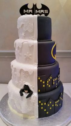 Half winter wonderland half batman wedding cake by Cake Me Away Cakery. - Batman Wedding - Ideas of Batman Wedding - Half winter wonderland half batman wedding cake by Cake Me Away Cakery. Batman Wedding Cakes, Batman Cakes, Funny Wedding Cakes, Superhero Wedding Cake, Batman Grooms Cake, Gamer Wedding Cake, Batman Cake Topper, Geek Wedding, Wedding Humor
