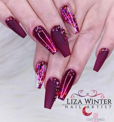 Try some of these designs and give your nails a quick makeover, gallery of unique nail art designs for any season. The best images and creative ideas for your nails. Cute Acrylic Nails, Acrylic Nail Designs, Cute Nails, Pretty Nails, Nail Art Designs, Diva Nails, Glam Nails, Bling Nails, Beauty Nails