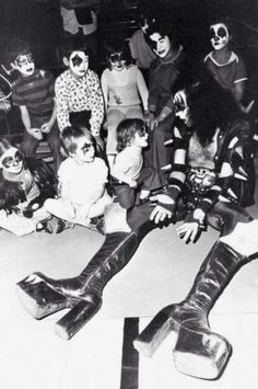Gene Simmons with childrens