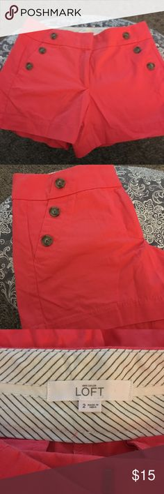 Like new coral shorts from Loft Cute and coral! Size 2 nautical shorts from Loft. In new condition. LOFT Shorts