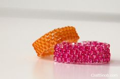 learn how to make a peyote jewelry stitch and these cute rings from craft snob