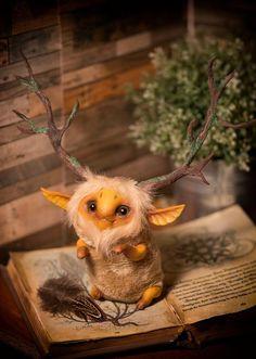 Tree-horns forest spirit by Furrykami-creatures on. - Tree-horns forest spirit by Furrykami-creatures on. Cute Fantasy Creatures, Forest Creatures, Woodland Creatures, Cute Creatures, Magical Creatures, Illustration, Fairy Art, Creature Design, Fantastic Beasts