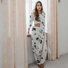 Top 9 Dussehra Outfits Inspirations That Are Trending in 2019 - dhoti saree Dhoti Saree, Indian Salwar Kameez, Anarkali, Saree Blouse, Lehnga Dress, Blouse Neck, Ikkat Saree, Lehenga Choli, Saree Draping Styles